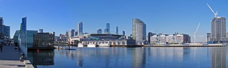 melbourne_from_waterfront_city_docklands_pano_20-07-06