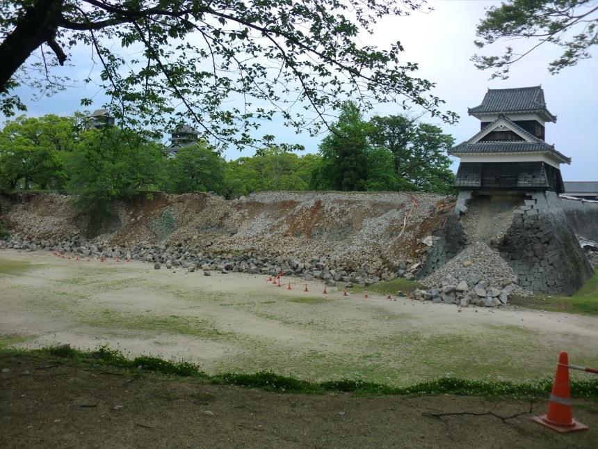2016_kumamoto_earthquake_kumamoto_castle_4