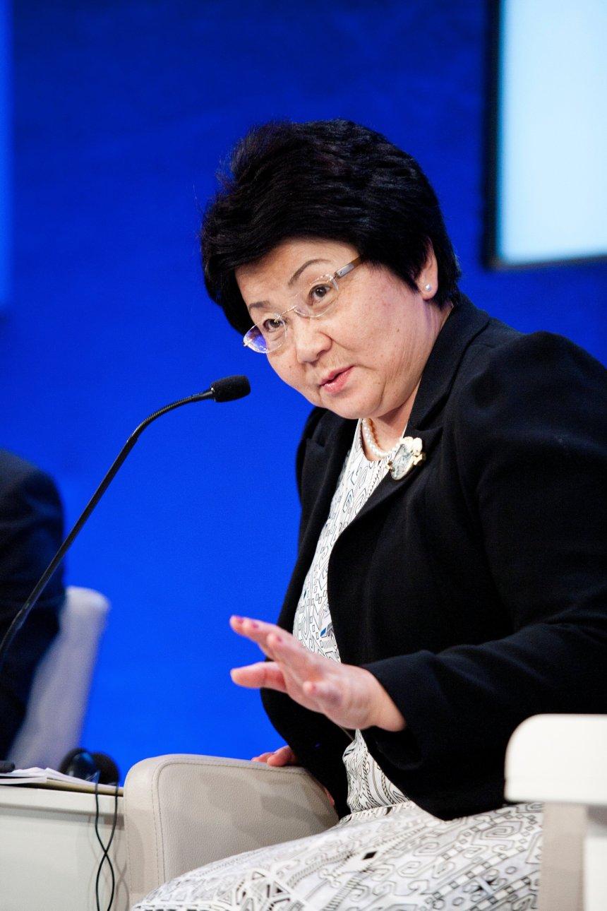 roza_otunbayeva_-_world_economic_forum_on_europe_2011