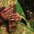 Henna: a natural remedy for grey hair