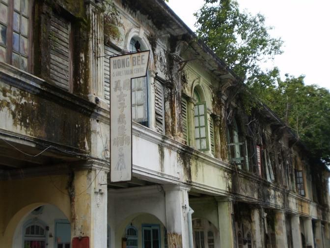 colonial-houses-122433_1920.jpg